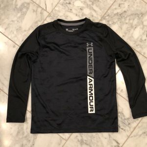 Boys Under Armour HeatGear shirt